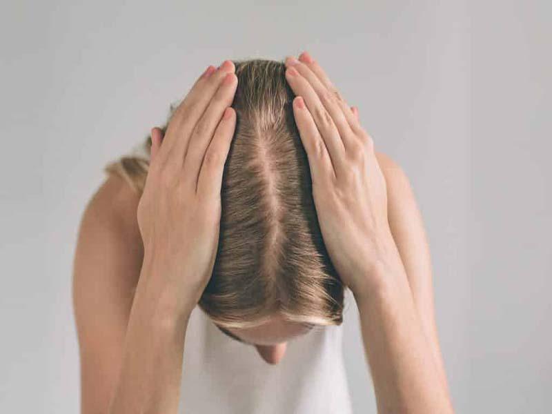 نازک شدن موهای سر