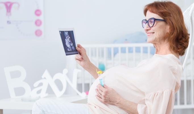 بهترین سن بارداری برای زن